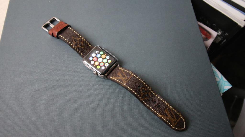 Apple Watch Louis Vuitton band